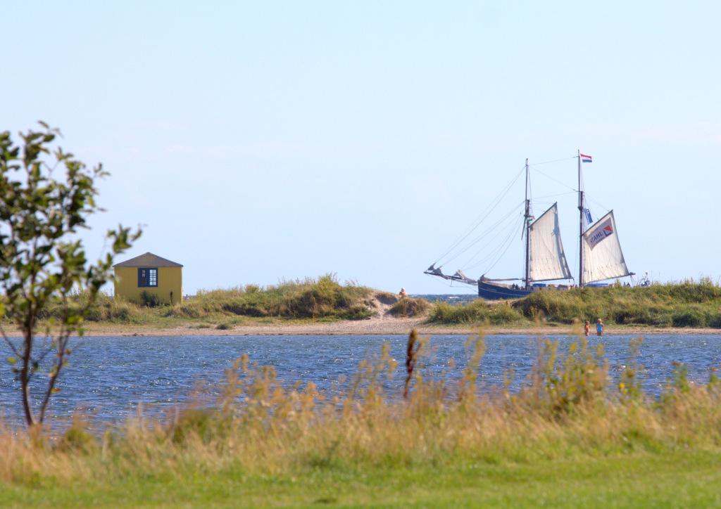 Sejlskib ved Eriks Hale, Ærø